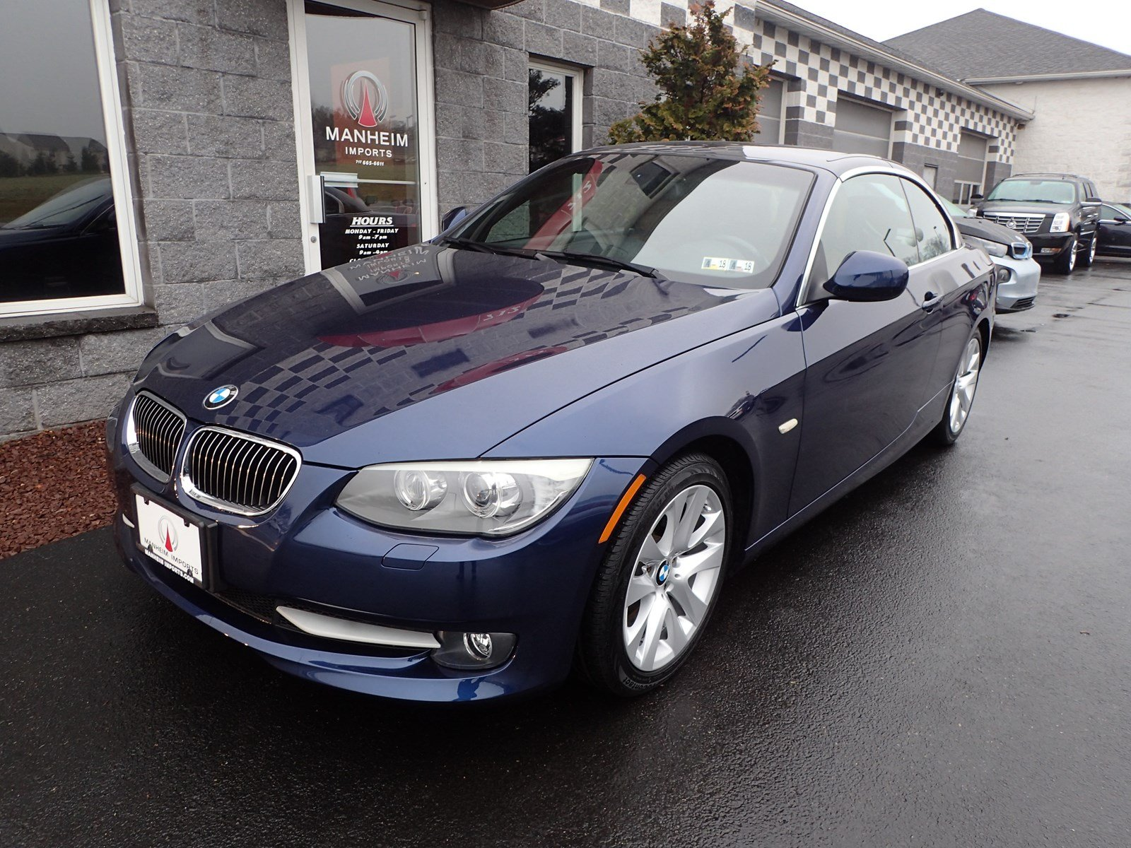 PreOwned BMW I Convertible NAV Convertible In Manheim - 2011 bmw convertible